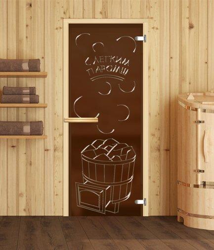 Стеклянная дверь в сауне