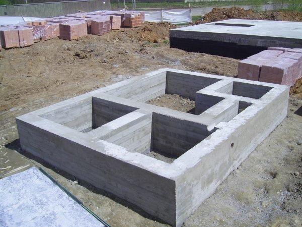 Фундамент для бани из кирпича