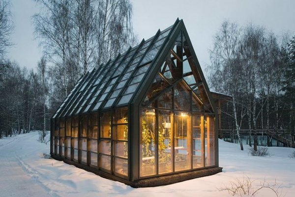Красивые теплицы домиком