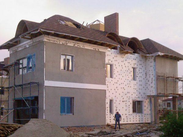 Оштукатуривание фасада из пенополистирола