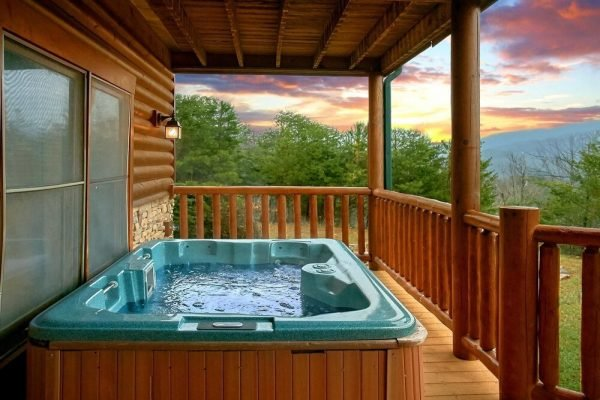 Мини-бассейн с гидромассажем