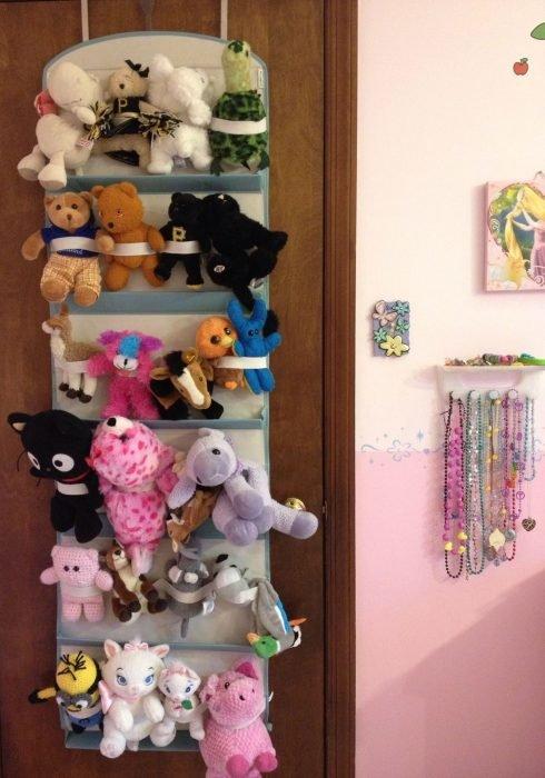 Органайзер для игрушек на двери