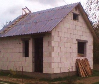 Односкатная крыша для бани из газоблока
