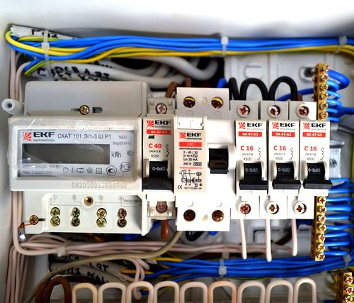 Установка счетчика электроэнергии: правила и тонкости электромонтажа