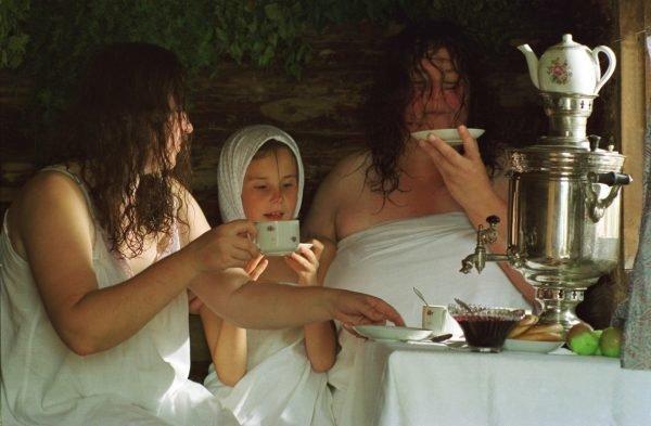 Семейный отдых после бани