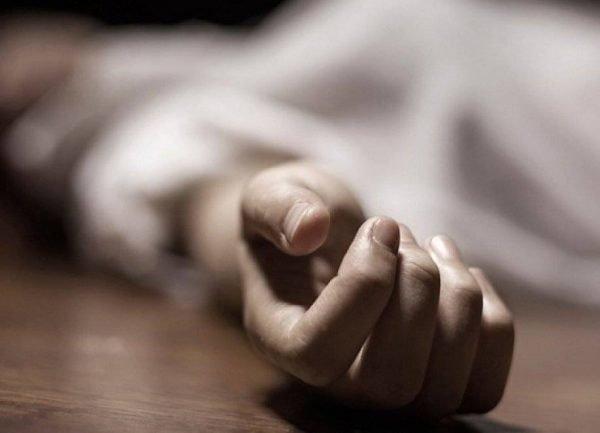Человек упал в обморок