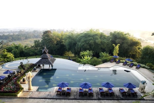 Бассейн в Anantara Golden Triangle Elephant Camp and Resort