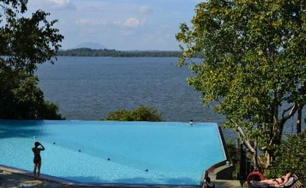 Великолепный бассейн в Шри-Ланке
