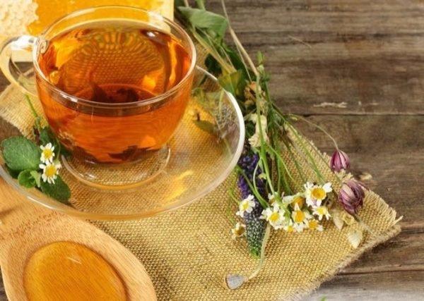 кружка травяного чая