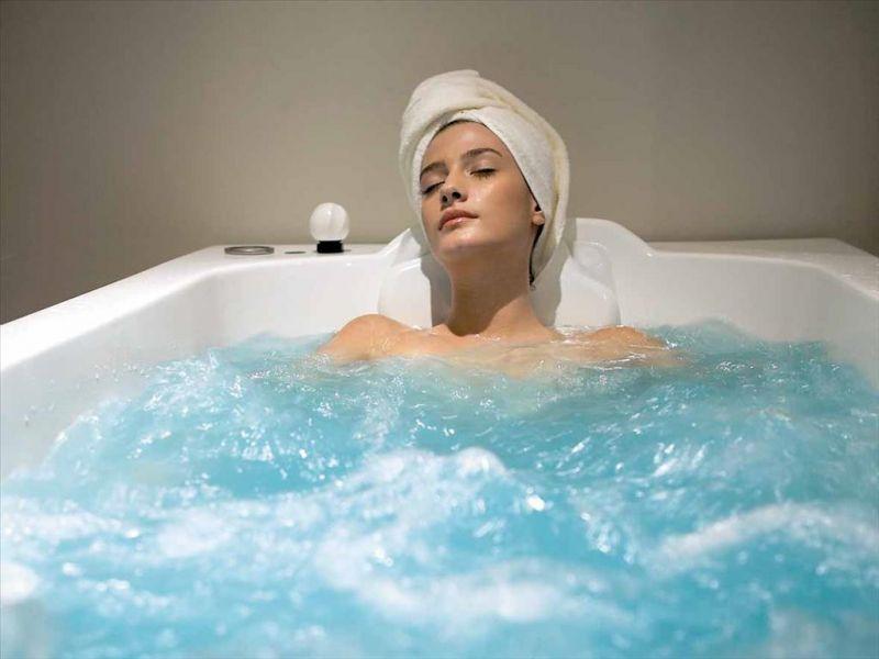 Пузырьки на страже красоты: показания и противопоказания к жемчужным ваннам