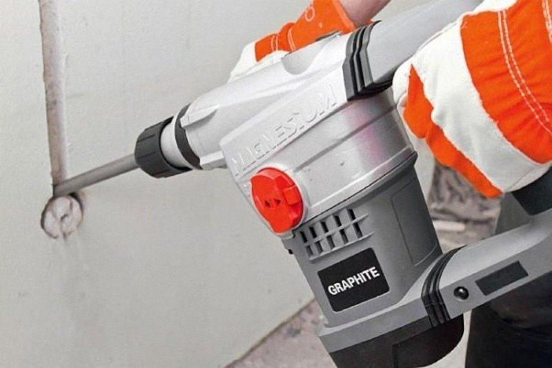 Как штробить стены под проводку перфоратором: полезная инструкция