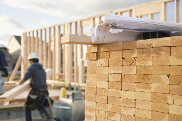 Строительство деревянного сооружения