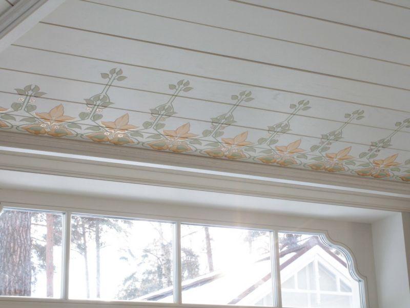 Роспись деревянных потолков: креативность в моде