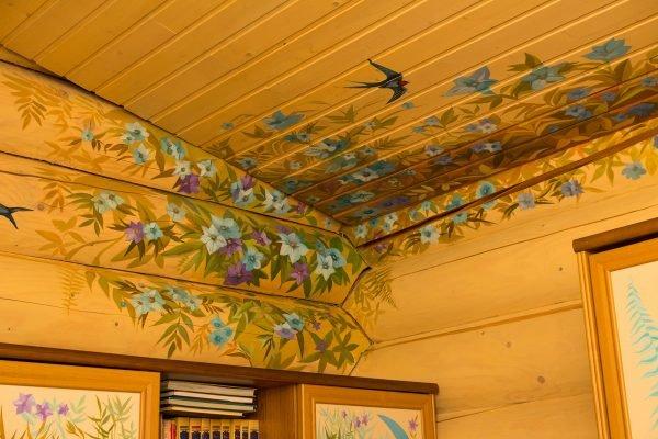 роспись деревянных потолков
