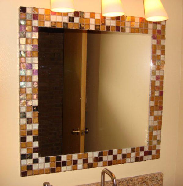 Рама для зеркала из старой плитки