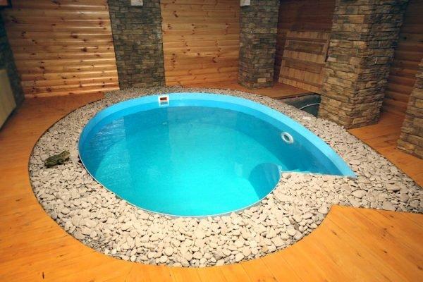 Мини-бассейн на уровне пола