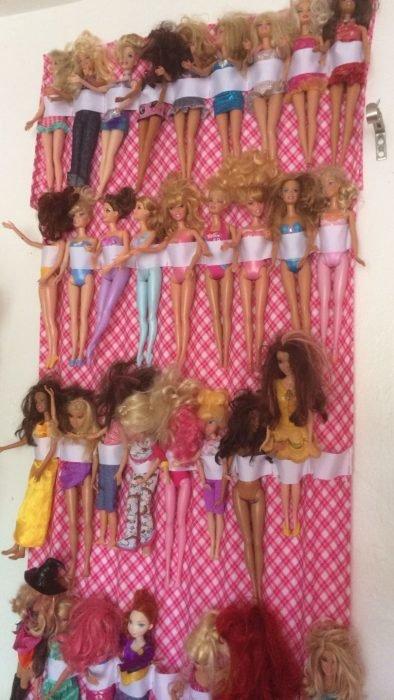Подвесные кармашки для хранения кукол