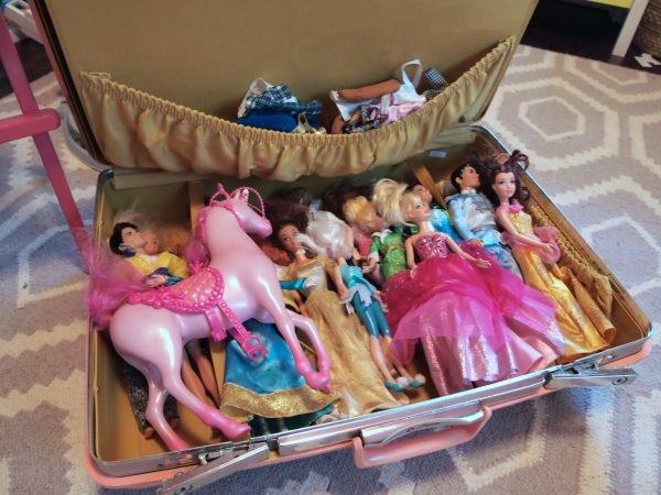 Чемоданчик для хранения кукол