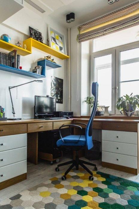 Расположение рабочего стола у окна