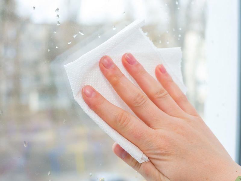 4 способа убрать царапины с оконных стёкол