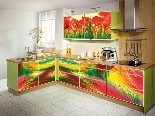 Изображения на кухонном гарнитуре