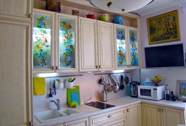 Декор кухонного шкафа