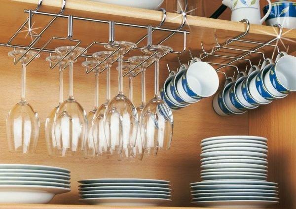 Хранение чашек на кухне
