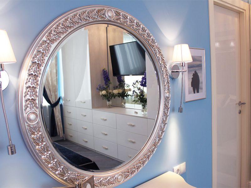 Где нельзя вешать зеркало в доме