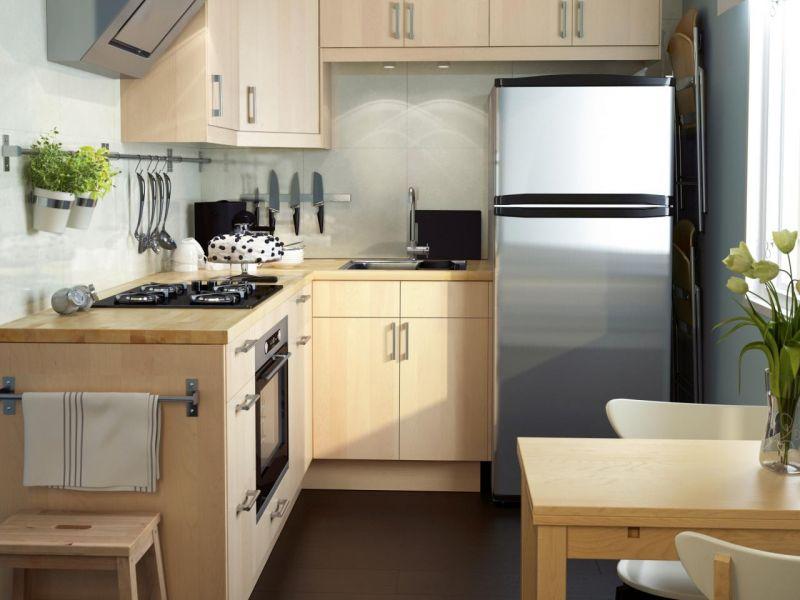 Маленькая кухня для большой семьи: идеи оформления на фото