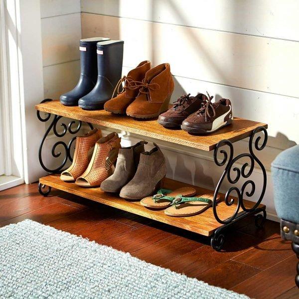 Обувная полка с коваными элементами