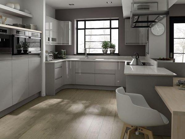 Светло-серые оттенки в интерьере кухни