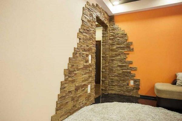 Декоративный камень на стенах