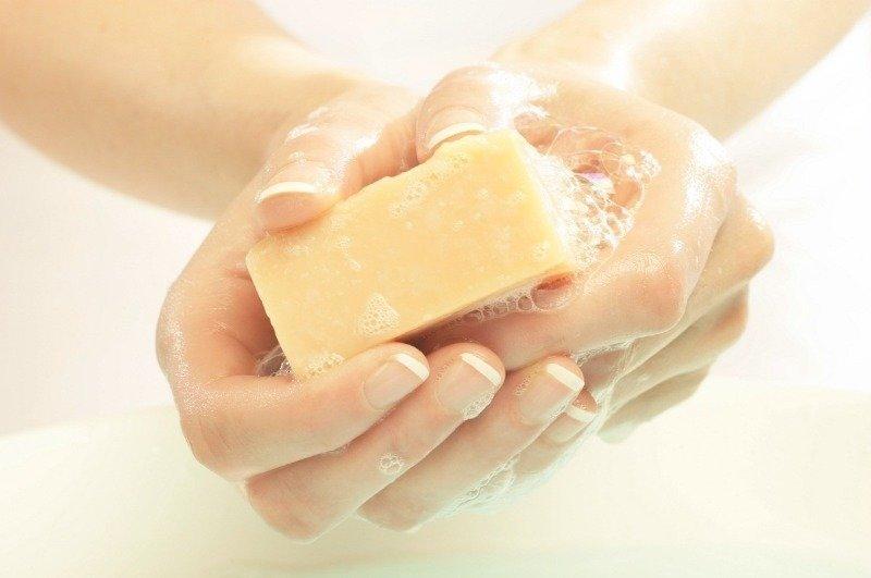 6 необычных способов применения мыла в быту, о которых знают не все